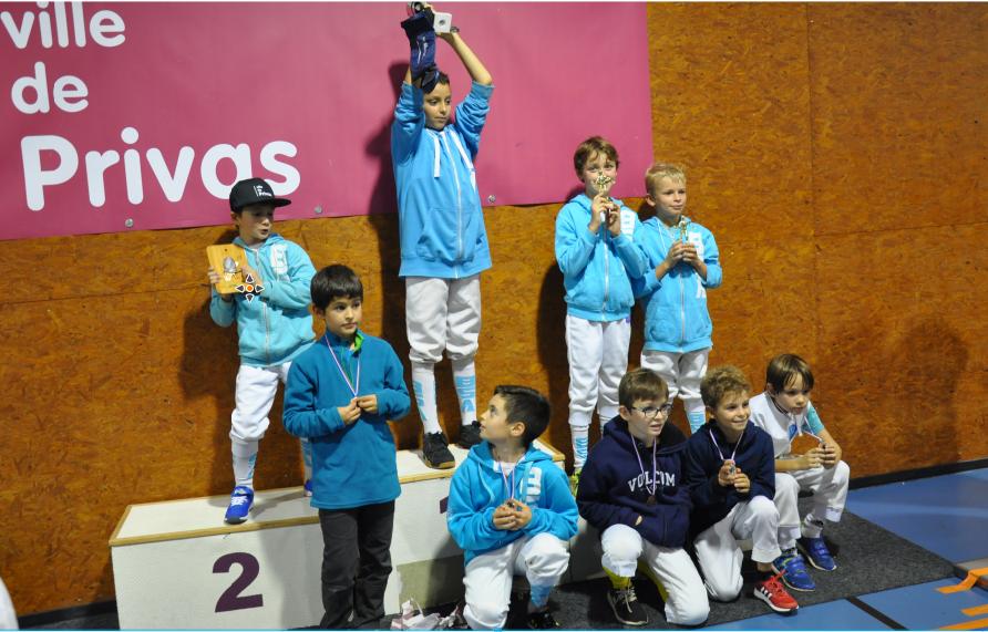 podium-m11